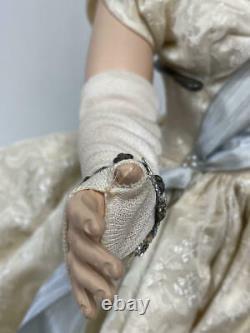 18 Vintage Madame Alexander Queen Elizabeth Margaret Face Walker Doll