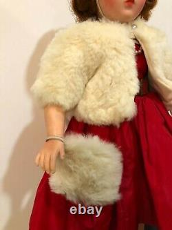 1950's Madame Alexander 20 Cissy doll with vintage cloths, Accessories & case