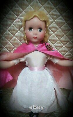1950s 20 inch Madame Alexander original tagged Alice in Wonderland Maggie