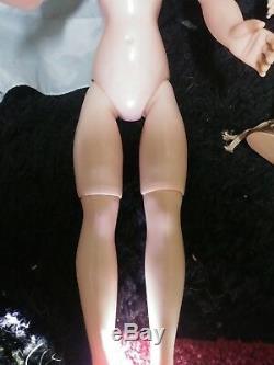 1950s 21 inch Madame Alexander Tagged Cissy doll