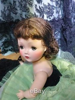 1950s Vintage Madame Alexander 21 inch Cissy Doll