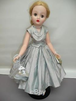 21 Madame Alexander Yardley Cissy LE 1956 Repro from 2000, All Original