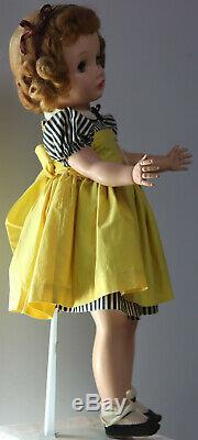 24.5 Madame Alexander Binnie Walker doll original dress