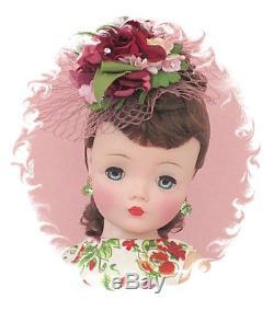 Absolutely SPECTACULAR 1957 Vintage Madame Alexander Dark Brunette Cissy