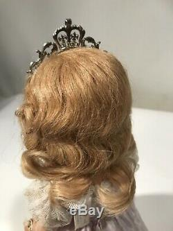 Antique c1940s MADAME ALEXANDER PRINCESS ELIZABETH Doll WithCrown & Stand 14