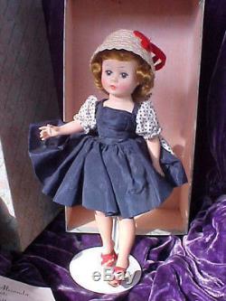 Beautiful Vintage Madame Alexander Cissette Doll with Original Clothing & Box