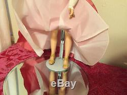 Cover Girl Vintage Madame Alexander Cissy In Style #2036 1956