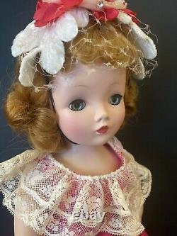 EXQUISITE Vintage Madame Alexander Cissy In HTF RARE N/M Fuchsia Wide Lace