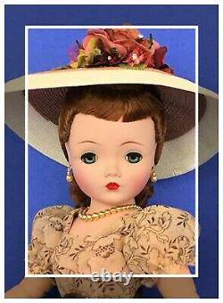 Exquisite Russet-Haired Vintage Madame Alexander Cissy A Vision Of Perfection
