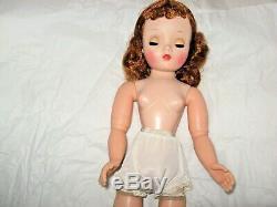 GORGEOUS! ORIG. HIGH COLOR Madame Alexander Cissy Doll 1956 BUY NOW MAKE OFFER
