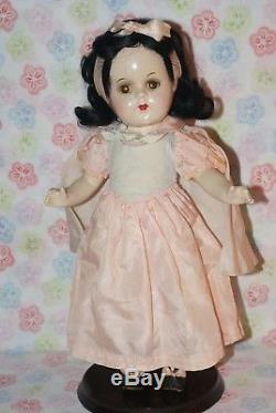 GORGEOUS! Vintage 13 Madame Alexander Tagged Snow White All Original Compo Doll