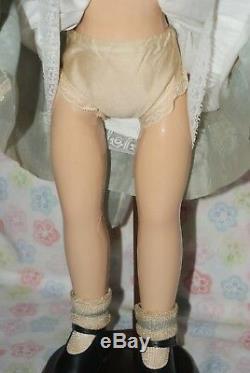 GORGEOUS! Vintage 21 Margaret O'brien Composition Doll