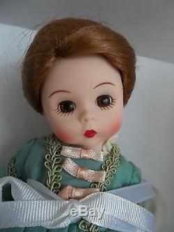 MIB Madame Alexander The Fall Season 2004 Williamsburg LE 473/1500 39175