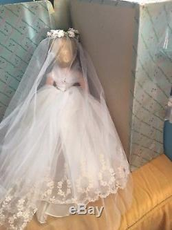 Madame Alexander 21 Cissy Bride in a 1958 Bridal Wreath HTF #2280, Spectacular
