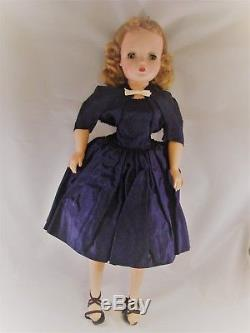 Madame Alexander CISSY Blonde Doll 20 with clothes