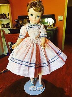 Madame Alexander Cissy Dolls