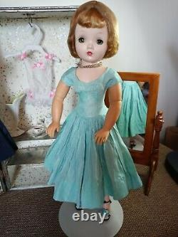 Madame Alexander Cissy Vintage 20 Jointed Doll With Tagged Cissy Dress! 1950s