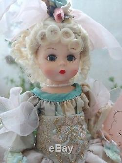 Madame Alexander Courtyard 8 Doll Limited Edition Rare and Beautiful