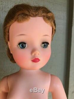 Madame Alexander Doll Cissy Queen Elisabeth 1960 1961 Spa Day Buy it Now Beauty