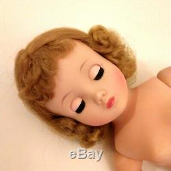 Madame Alexander Elise Blonde Yellow Flocked Lace Gown Hat Tagged Vintage Doll