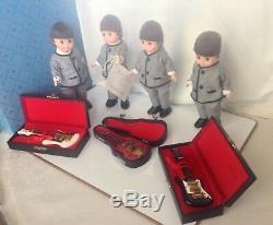 Madame Alexander RARE 8 ROCK GROUP #22110 guitars and MINT DRUM SET