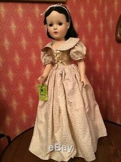 Madame Alexander Rare Perfect 21 Snow White with Walt Disney Tag Exquisite Doll