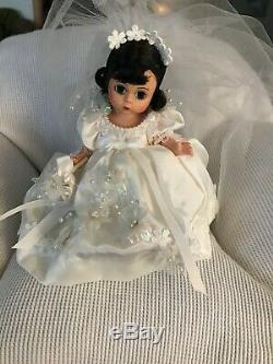 Madame Alexander SCARLETT 8 WEDDING DOLL, HONEYMOON TRUNK AND CLOTHES LOT