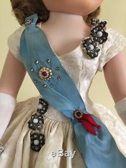 Madame Alexander Vintage Cissy 1959 Decor Queen