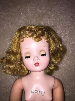Madame Alexander Vintage Cissy Doll 1957