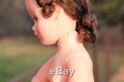 Madame Alexander Vintage Cissy Doll Brunette