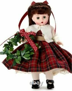 Madame Alexander Wendy Cottage Christmas 8 Doll New