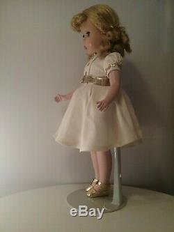 Madame Alexander vintage doll 1940s Maggie face 14 tagged dress adult owner
