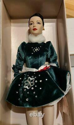 New- Madame Alexander Christmas Harolder 1994 Radio City Rockette Retired