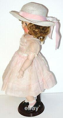 RARE 1952 Madame Alexander Madelaine doll 18 jointed original Tagged Outfit