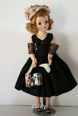Rare Stunning Vintage Cissy Doll MINT! All Original