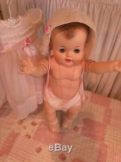Rare Vintage Madame Alexander 23 Kathy Baby Doll Original Clothes & Pacificer