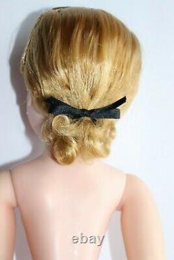 Stunning Madame Alexander Cissy Doll No Splits Or Cracks
