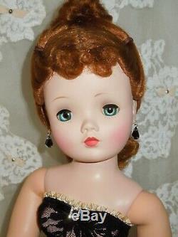 Stunning, Vintage 50's Madame Alexander 20 Cissy doll