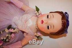 Stunning vintage Madame Alexander Lilac Cissy Portrait doll