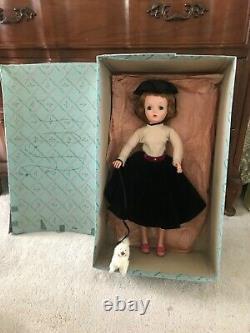 VHTF Vintage Cissy Walks her Dog WithOrig. Box-Mad. Alexander