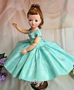 VINTAGE 1950 Madame Alexander CISSY DOLL 20 in TAGGED blue TAFFETA DRESS auburn