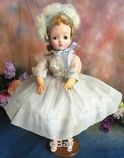 VINTAGE 1950 Madame Alexander CISSY DOLL blonde 20 in BLUE organdy DRESS hat