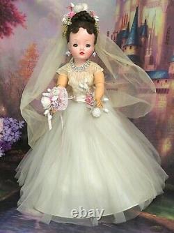 VINTAGE 1950 Madame Alexander CISSY DOLL tagged WEDDING DRESS veil BRUNETTE