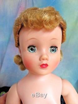 VINTAGE 1957 MADAME ALEXANDER Elise DOLL in GODEY LADY gown 16 hard plastic