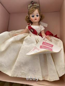 VINTAGE 1960 MADAME ALEXANDER CISSETTE DOLL Queen TAGGED DRESS crown TOSCA