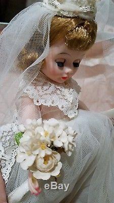 VINTAGE MADAME ALEXANDER CISSETTE BRIDE #755 Original outfit and box