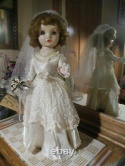 VTG Madame Alexander Binnie Winnie Walker Doll Bride Veil Gloves Shoes Stand 24