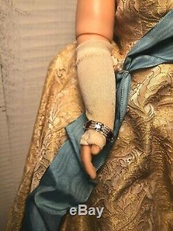 Vintage 1950s Madame Alexander Cissy Queen Elizabeth Coronation Doll