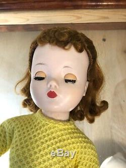 Vintage 1956 MADAME ALEXANDER Cissy 1956 in Shopping Cissy outfit