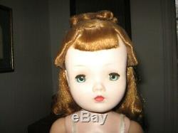 Vintage 1956 Madame Alexander 20 CISSY Doll with ORIG. BOX